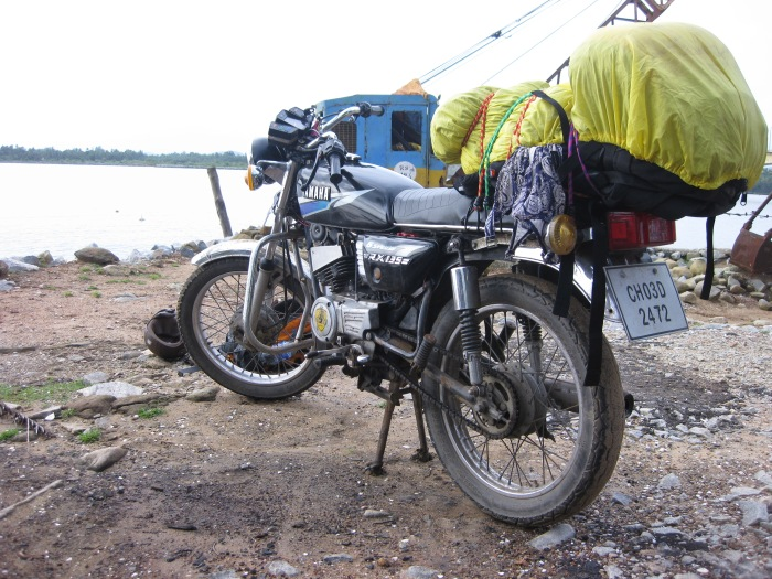 Motorcycling 2,000kms through India: A Story of Love.