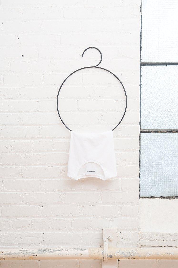 modern-essentials-1064963-unsplash